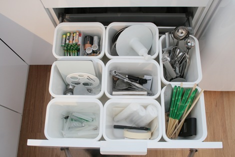 How to organize deep kitchen drawers with ikea bins