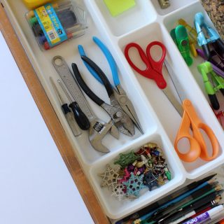 How to organize kitchen drawers with drawer organizers
